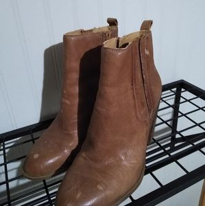 Leather Lucky Brand boots!